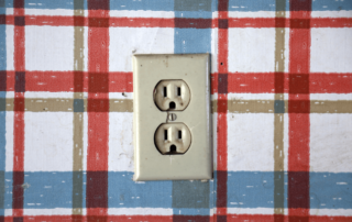 Loose-outlet