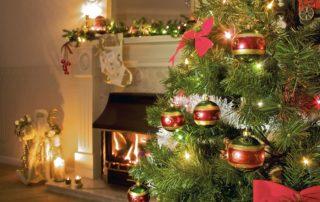 Christmas-Tree-Near-Fireplace-safety